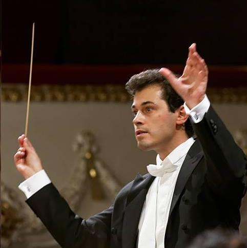 <span>Direttore di orchestra</span>